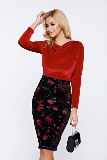 Bluza dama StarShinerS rosie eleganta din catifea cu guler barcuta