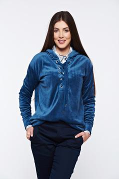 Bluza dama Top Secret albastra casual cu croi larg din catifea