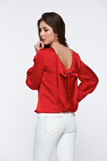 Bluza dama PrettyGirl rosie eleganta cu spatele decupat cu aspect satinat