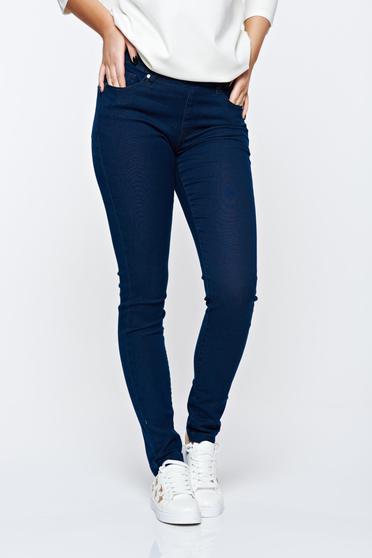 Blugi Top Secret albastri skinny din bumbac elastic cu buzunare in fata si in spate