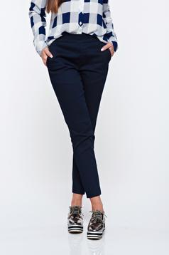 Pantaloni Top Secret albastri-inchis casual conici cu talie medie cu elastic in talie