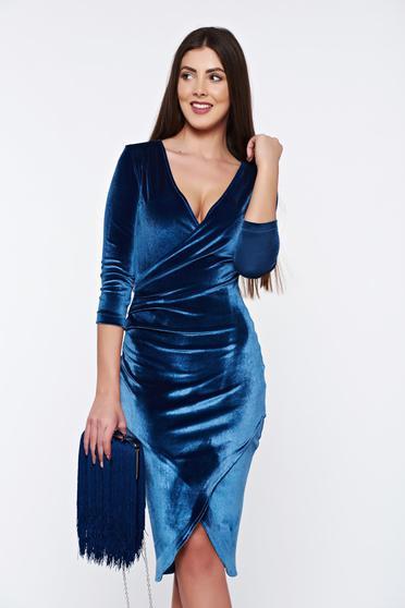 Rochie StarShinerS albastra din catifea petrecuta eleganta cu decolteu in v