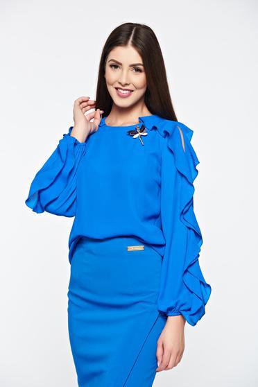 Bluza dama LaDonna albastra eleganta din material vaporos accesorizata cu brosa