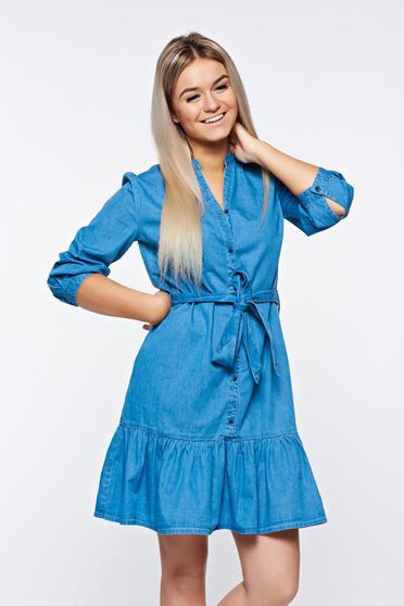 Rochie Top Secret albastra casual din denim cu nasturi si volanase la baza rochiei