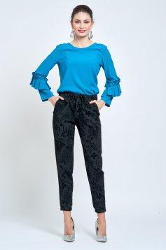 Pantaloni PrettyGirl negri conici cu elastic in talie cu buzunare