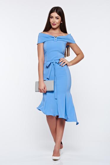 Rochie Artista albastra-deschis eleganta din material elastic asimetrica cu umeri goi