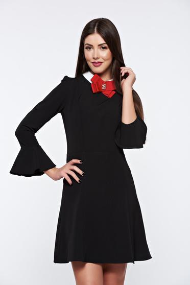 Rochie PrettyGirl neagra eleganta din stofa usor elastica captusita pe interior