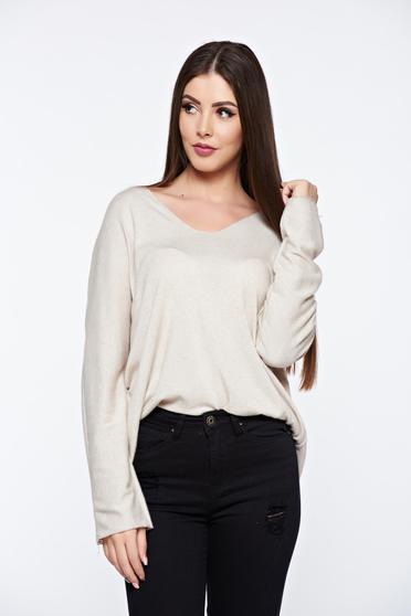Bluza dama crem cu croi larg din material moale tricotat