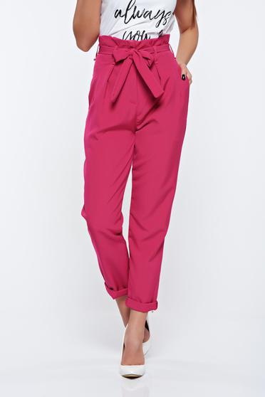 Pantaloni roz casual din material usor elastic cu talie inalta cu buzunare