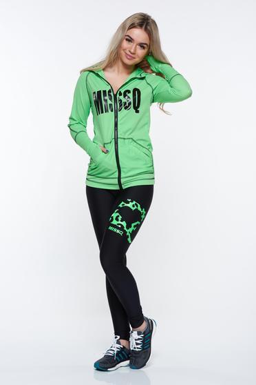 Set MissQ verde sport din material elastic cu buzunare