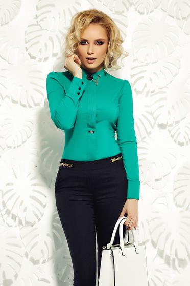 Camasa dama Fofy verde office din bumbac elastic accesorizata cu brosa