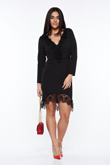 Rochie neagra eleganta tip creion din material usor elastic cu aplicatii de dantela
