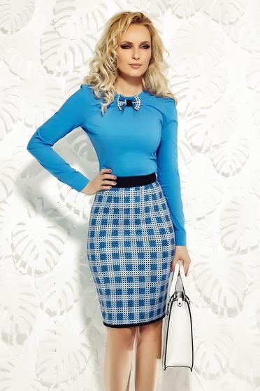 Camasa dama Fofy albastra office din bumbac elastic cu un croi mulat cu fundita