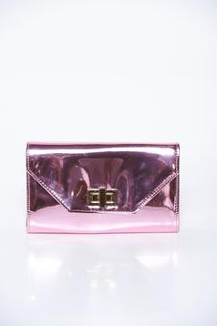 Geanta dama roz plic eleganta din material lucios