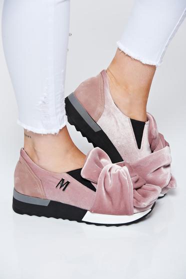 Pantofi sport rosa MissQ casual cu talpa usoara din catifea si interior de piele