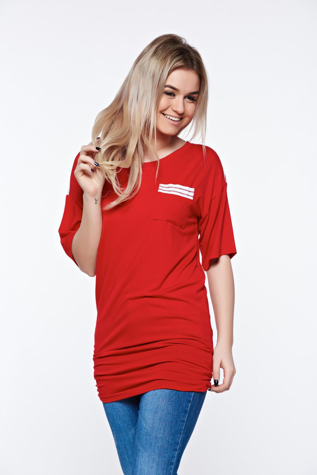 Tricou MissQ rosu casual lung din material usor elastic