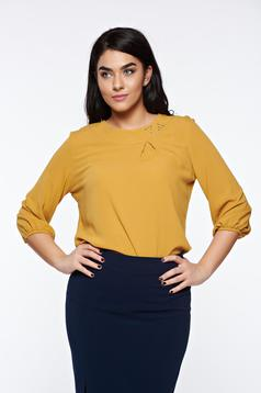 Bluza dama LaDonna mustarie eleganta cu croi larg din material vaporos cu aplicatii cusute manual