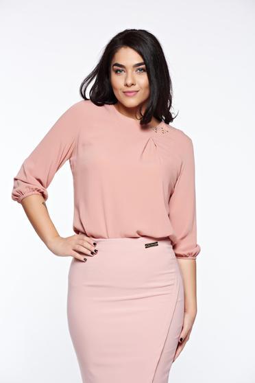 Bluza dama LaDonna rosa eleganta cu croi larg din material vaporos cu aplicatii cusute manual