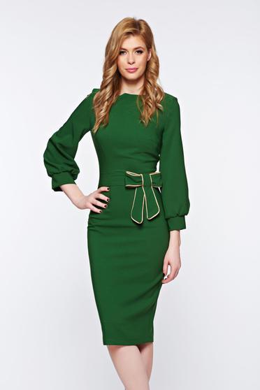 poze cu Rochie PrettyGirl verde eleganta tip creion din material usor elastic cu fundita