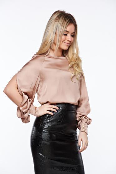 Bluza dama PrettyGirl rosa eleganta cu croi larg din material satinat cu maneci decupate