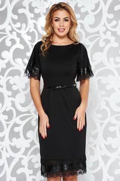 Rochie StarShinerS neagra eleganta din material usor elastic cu aplicatii din piele ecologica si accesoriu tip curea