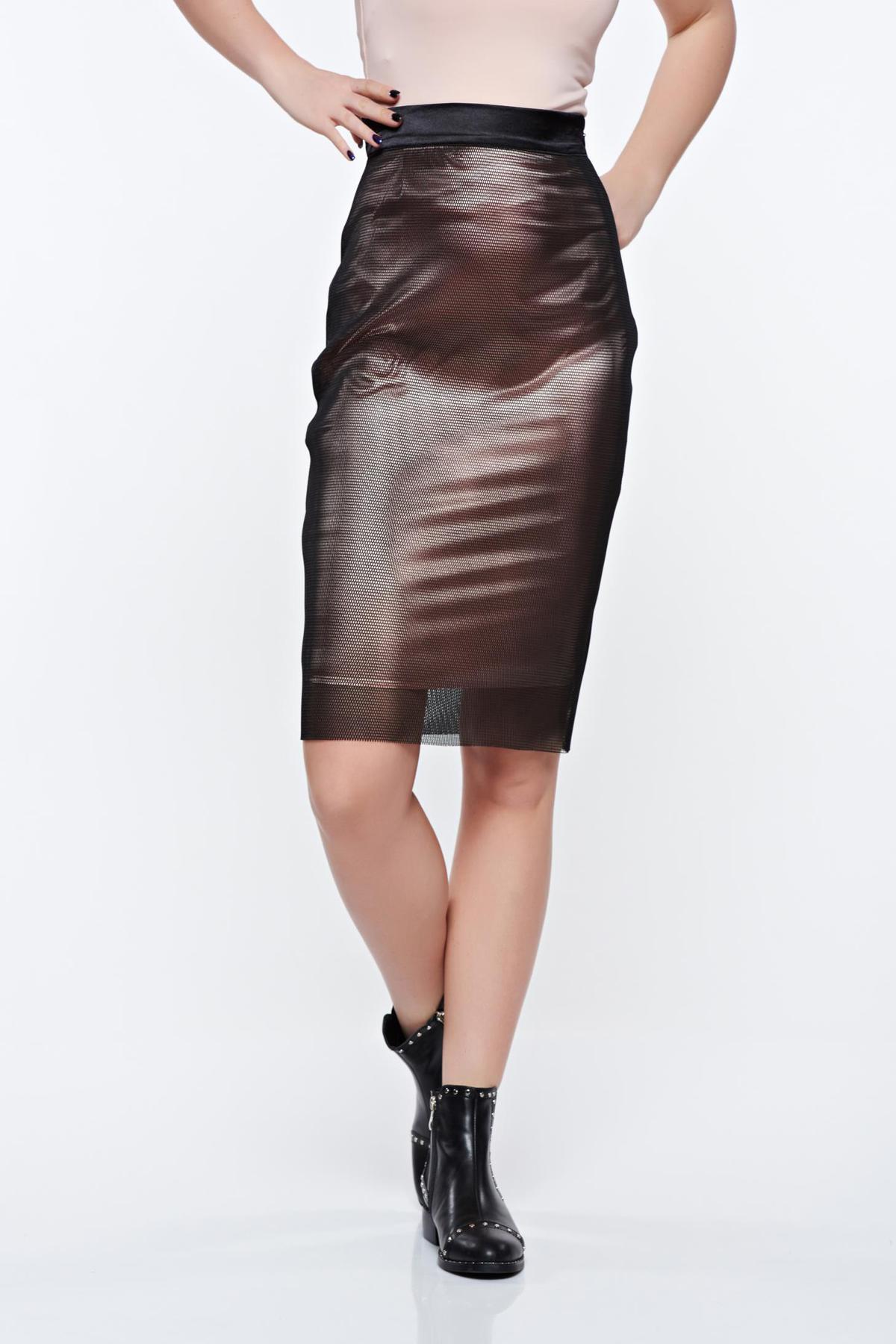 Fusta PrettyGirl neagra de party cu talie inalta din material neelastic tip plasa captusita pe interior