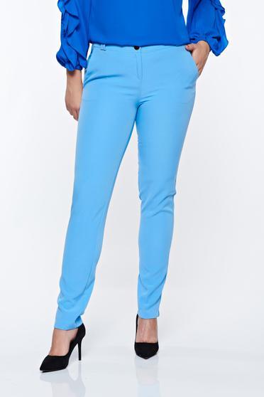 Pantaloni PrettyGirl albastri deschis eleganti conici cu talie medie din material usor elastic cu buzunare