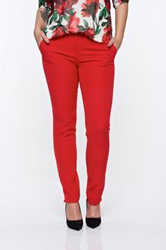 Pantaloni PrettyGirl rosii eleganti conici cu talie medie din material usor elastic cu buzunare