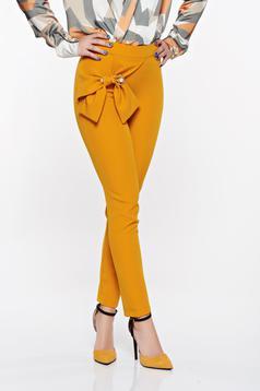 Pantaloni PrettyGirl mustarii eleganti conici din material usor elastic cu talie inalta