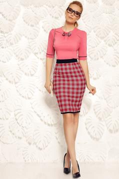 Camasa dama Fofy rosa office din bumbac elastic cu un croi mulat accesorizata cu o fundita