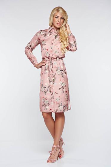 Rochie PrettyGirl rosa eleganta din material satinat captusita pe interior cu snur in talie