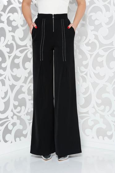 Pantaloni PrettyGirl negri eleganti evazati cu talie inalta din material vaporos cu buzunare