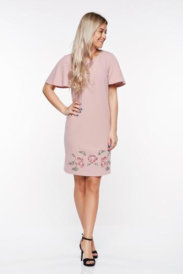Rochie StarShinerS rosa eleganta brodata cu croi larg din material elastic