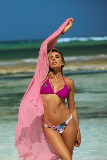 Costum de baie roz cu slip brazilian si sutien triunghi cu burete detasabil si aplicatii cu paiete