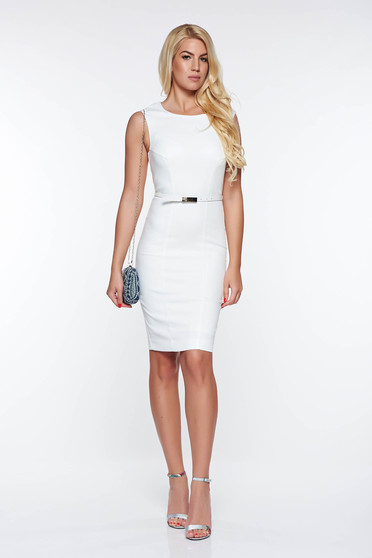 Rochie Top Secret alba eleganta din stofa usor elastica captusita pe interior cu accesoriu tip curea