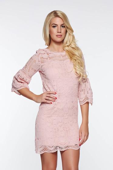 Rochie Top Secret rosa eleganta cu croi larg din dantela captusita pe interior cu maneci clopot