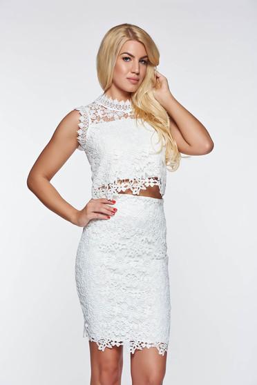 Set SunShine alb elegant din dantela tricotata captusit pe interior cu elastic in talie
