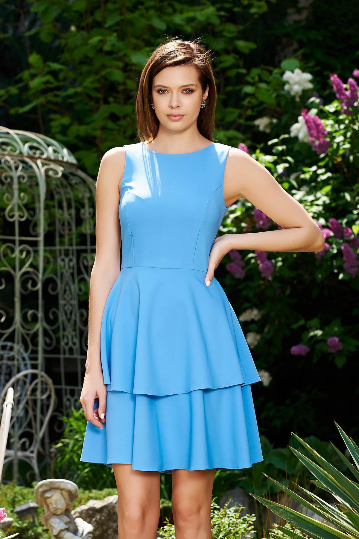 Rochie StarShinerS albastra eleganta in clos din stofa usor elastica cu volanase