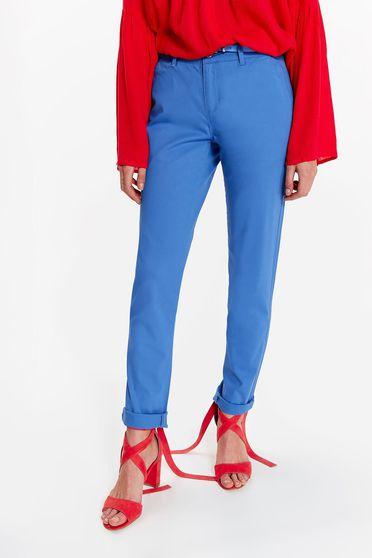 Pantaloni Top Secret albastri casual cu un croi drept din bumbac cu talie medie