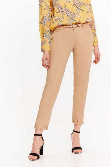 Pantaloni Top Secret piersica office conici cu talie medie din bumbac cu buzunare