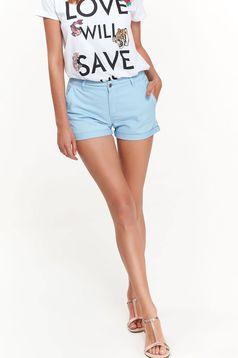 Pantalon scurt Top Secret albastru-deschis casual cu talie medie din bumbac cu buzunare