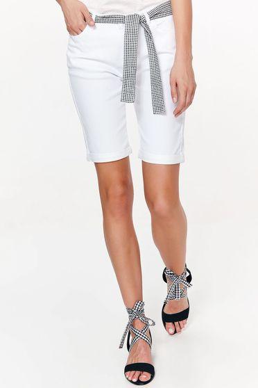 Pantalon scurt Top Secret alb casual cu talie medie din bumbac cu buzunare