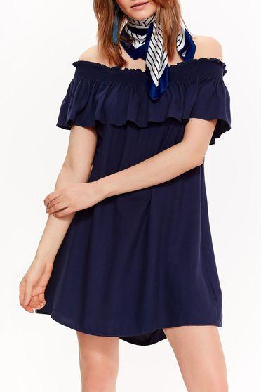 Rochie Top Secret albastra-inchis casual cu croi larg din material vaporos cu umeri goi