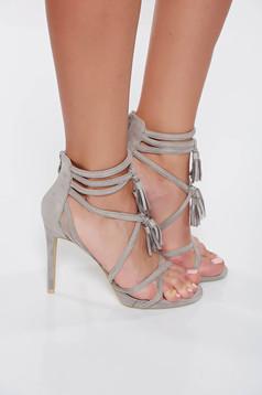 Sandale gri cu toc inalt din piele ecologica intoarsa cu bretele