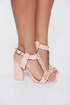 Sandale rosa elegante din piele ecologica cu toc inalt si gros cu aplicatii cu perle