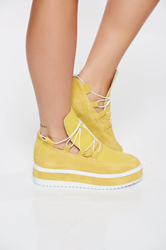 Pantofi sport galben casual din piele naturala cu talpa joasa accesorizat cu snur