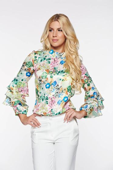 Bluza dama PrettyGirl albastra eleganta cu croi larg din material satinat cu imprimeuri florale