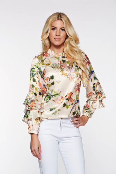 Bluza dama PrettyGirl crem eleganta cu croi larg din material satinat cu imprimeuri florale