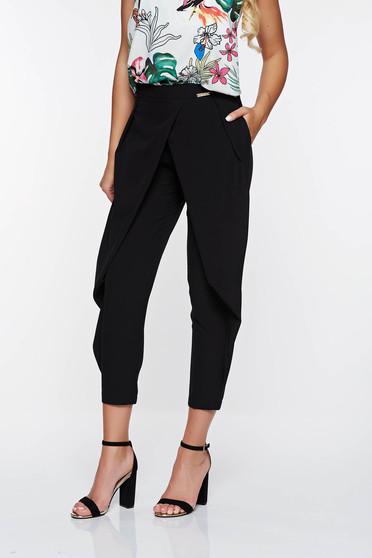 Pantaloni PrettyGirl negri eleganti conici din material vaporos cu buzunare