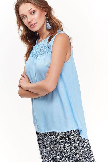 Bluza dama Top Secret albastra casual cu croi larg din material vaporos accesorizata cu snur